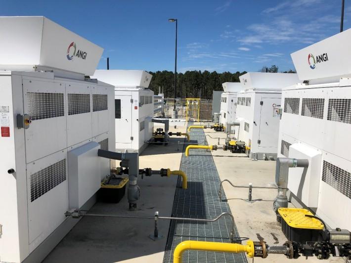Compressed Natural Gas Fueling Station_1